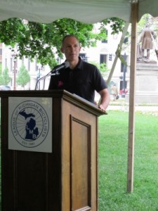 Bryan Waldman speaks at League of Michigan Bicyclists