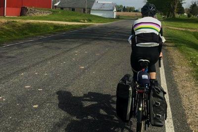 bicyclie-bike-side-of-road