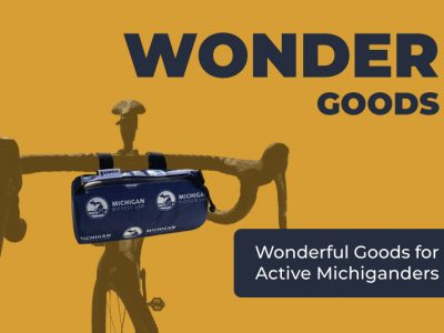 Wonder Goods bike with handlebar bag