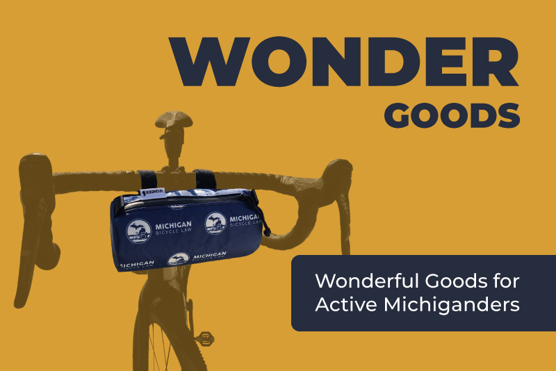 Wonder Goods bike with handlebar bag